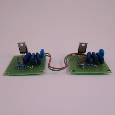 Electronic part for vibrator